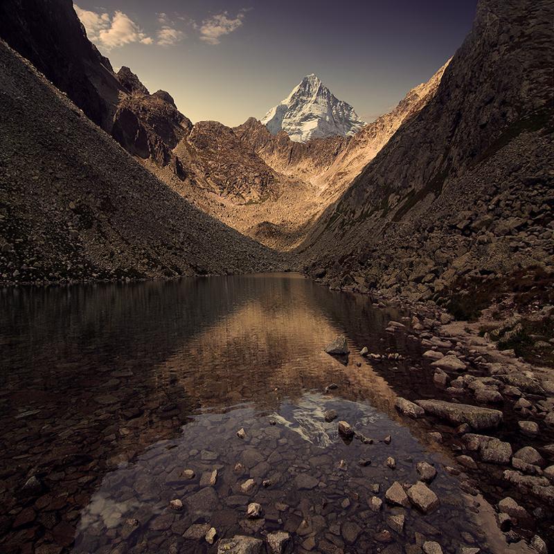 Mystic Mountains by Karezoid