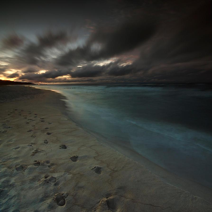 Painting Twilight by Karezoid