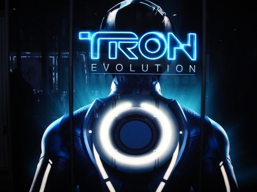 Tron: Evolution by gamergaijin
