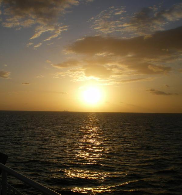 Sunrise by lorkata