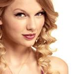 Display 17. Taylor Swift III
