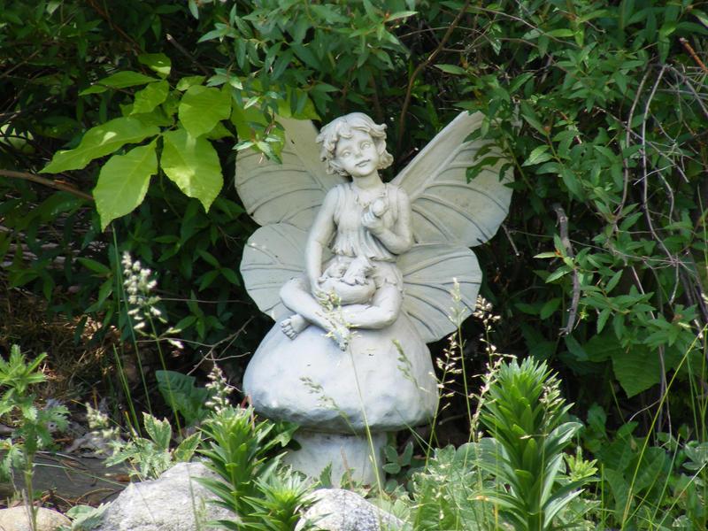 Fairy in the garden by Strifefox