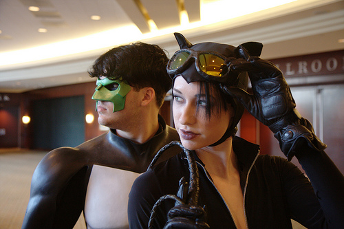 Catwoman and Kyle Rayner by TheRoguesofGotham