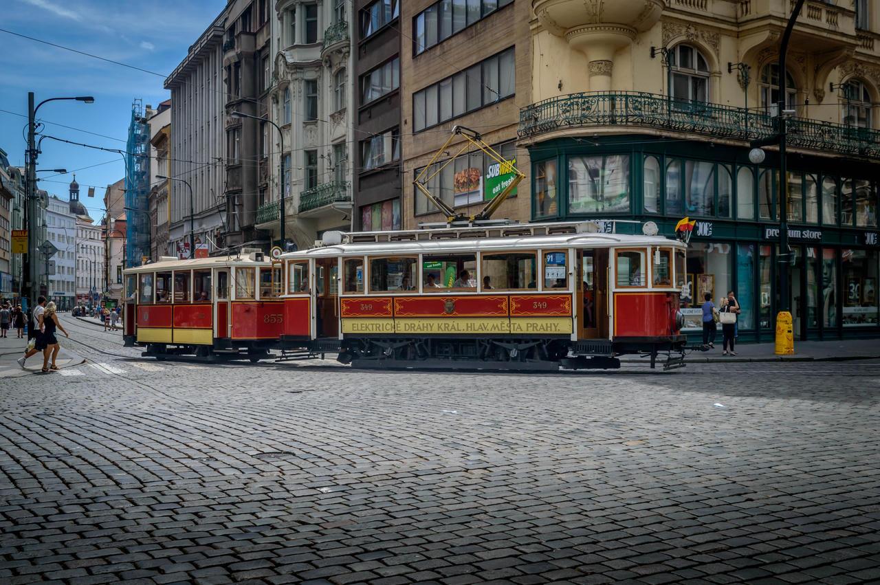 old tram prague street - photo #7