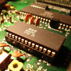MOS SID (C64 Sound Chip)