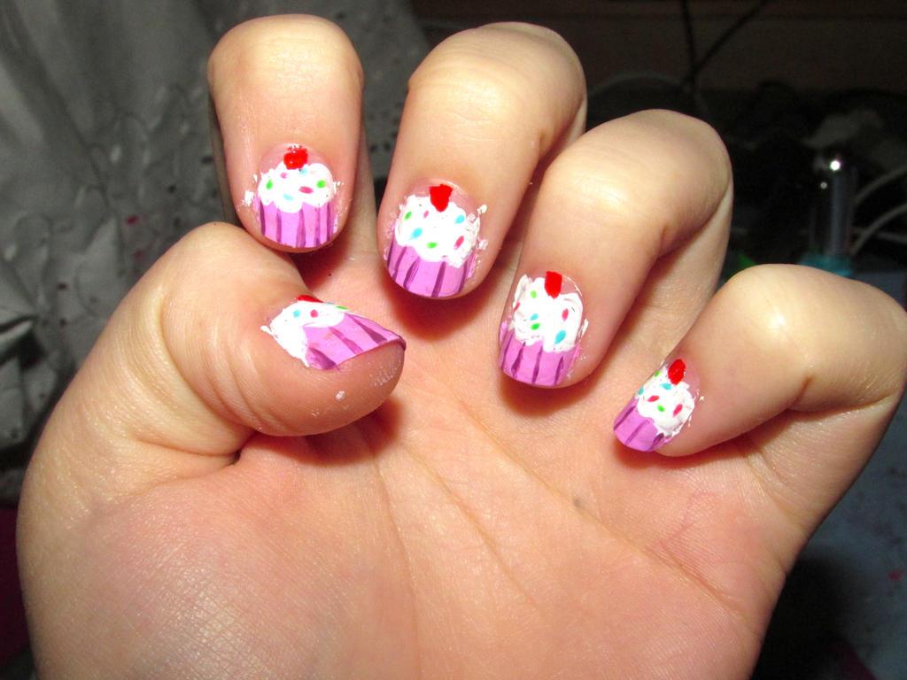 Yoko Nail Art Cupcake : Cupcake Nails by iluvtssatl on DeviantArt