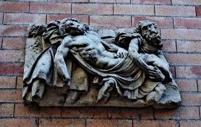 Bas-relief in Toulouse by daemonkarl