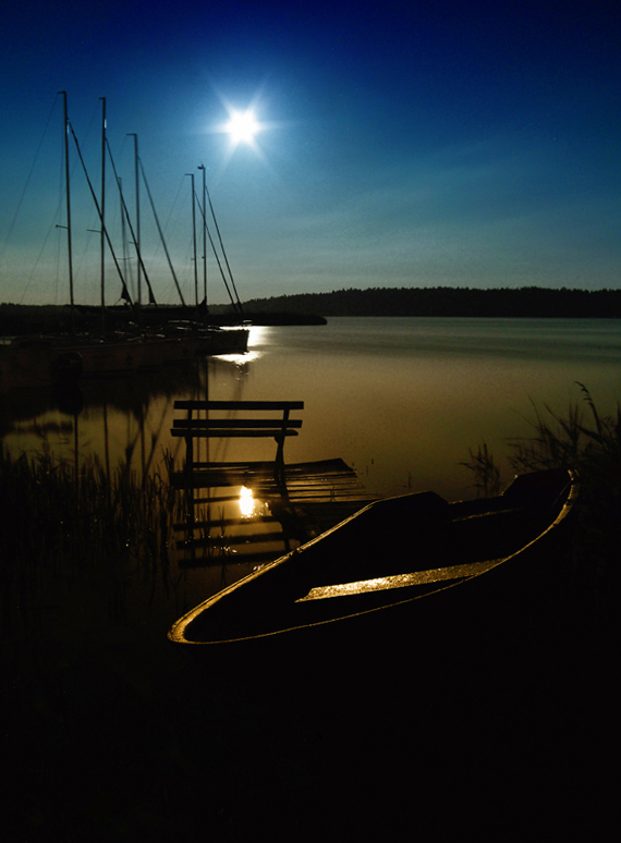 Midnight by matti6666