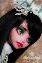 Oh Alice by MiveeArt