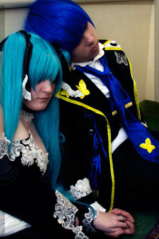 Vocaloid: Cantarella by Rose-Curel