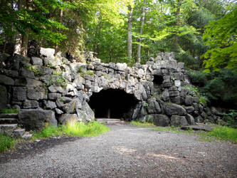 La grotte de Saint-Gabriel by StoltPunk77