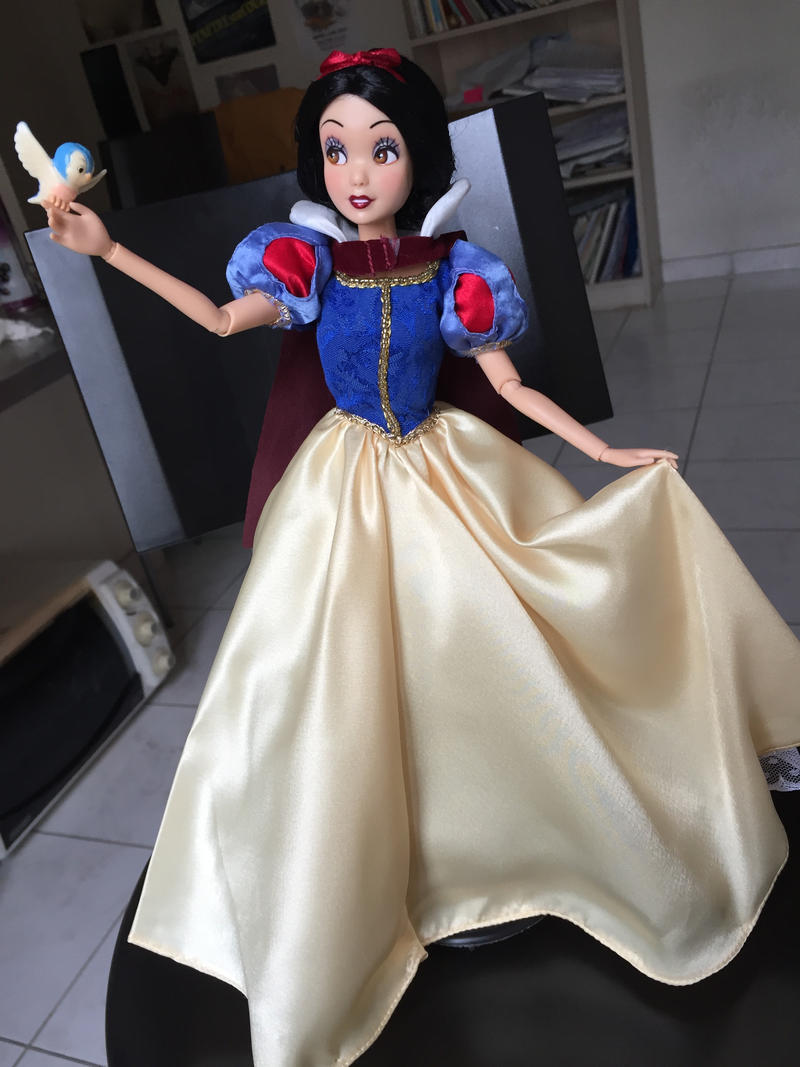 Disney Store Snow White OOAK repainted doll by Chemoule on