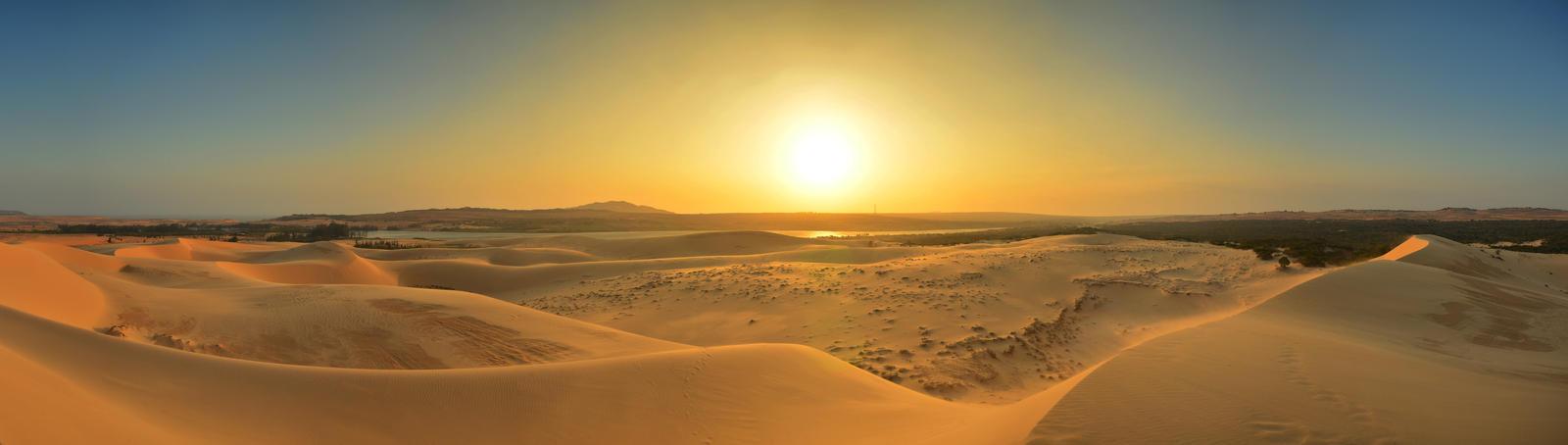 Mui Ne Dunes Panorama by comsic