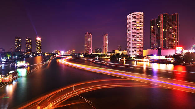 Chao Phraya Night II by comsic