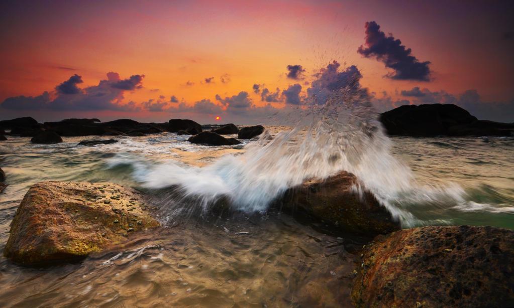 Splash by comsic
