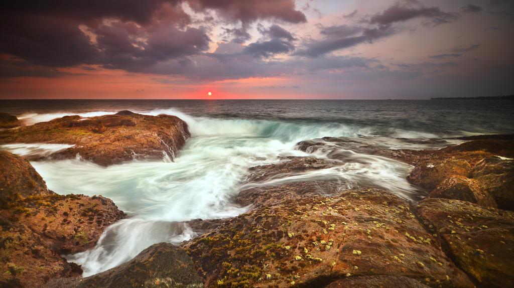Sri Lanka Sunset 3 by comsic