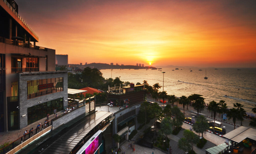 Central Festival Pattaya - Sunset by comsic