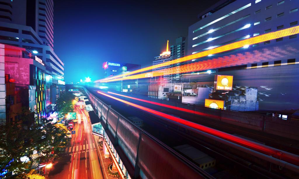 Bangkok Lights 3 - Amped up! by comsic