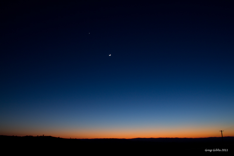 Dawn Glow Moon and Venus by CapturingTheNight