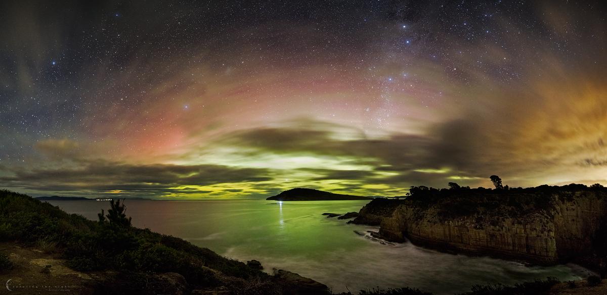 Widescreen Aurora by CapturingTheNight