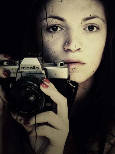 camera by gfgoca - bir foto�raf �ekilebilirmiyiz?