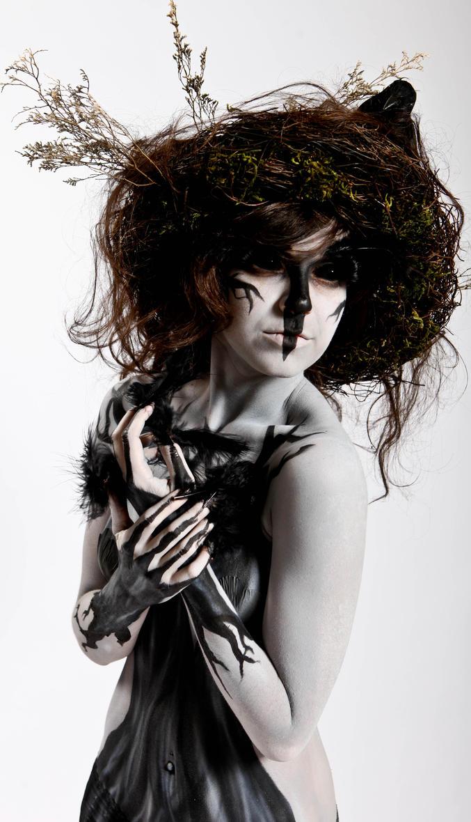 Dark Queen. by CrimsonnOnyxx