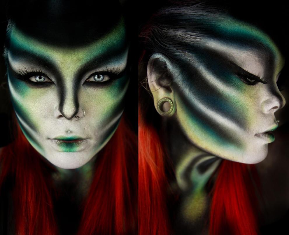 E.T by CrimsonnOnyxx