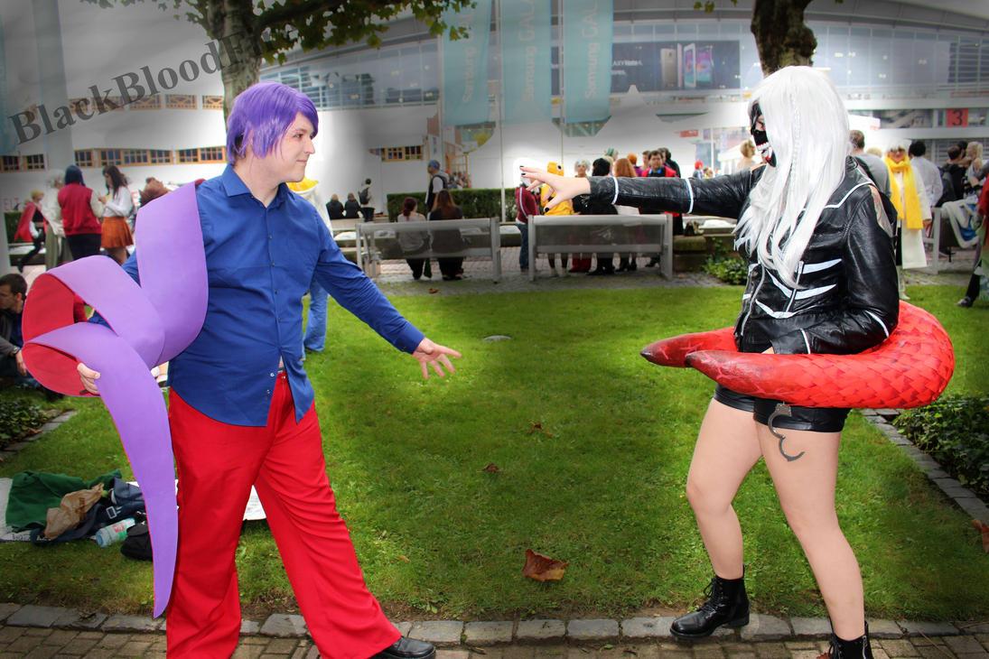 Female Kaneki and Tsukiyama Fight by BlackBloodFire
