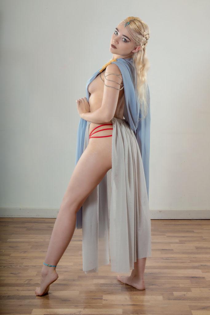 STOCK_Daenerys Targaryen.8 by Bellastanyer-STOCK