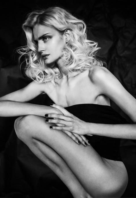 white lie by AlinaSoloviova
