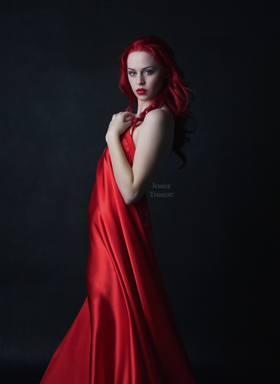 Red Heart by fae-photography