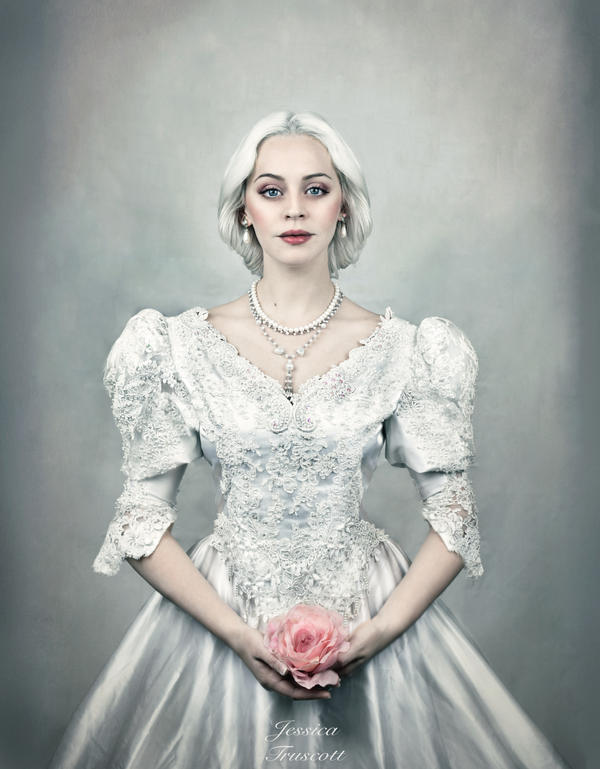 Regina by fae-photography