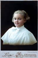 Unknown girl, Sankt-Petersburg, 1900s