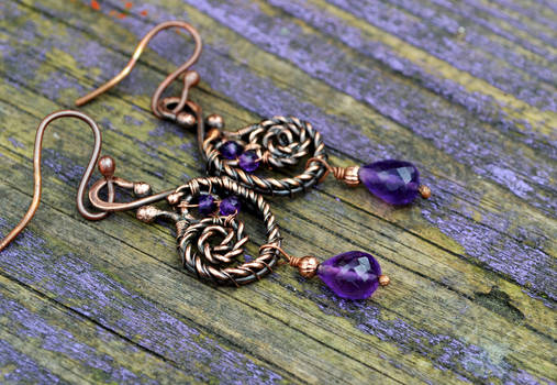 Wire wrapped earrings with amethyst