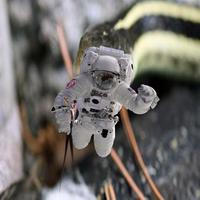 Astronaut by hancreech