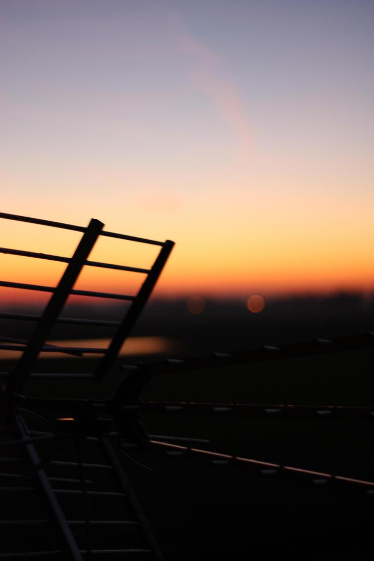 blurred sky by marcellinek
