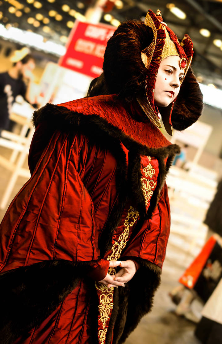 Queen Amidala ~ Royal