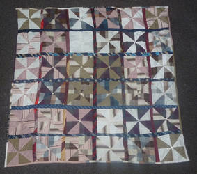 Pinwheel quilt FINISHED front