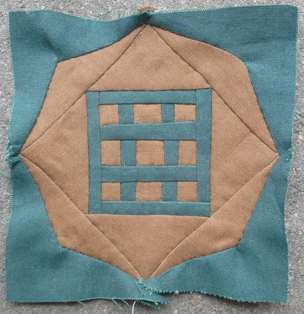 Dear Jane quilt block C-4: Tic tac toe