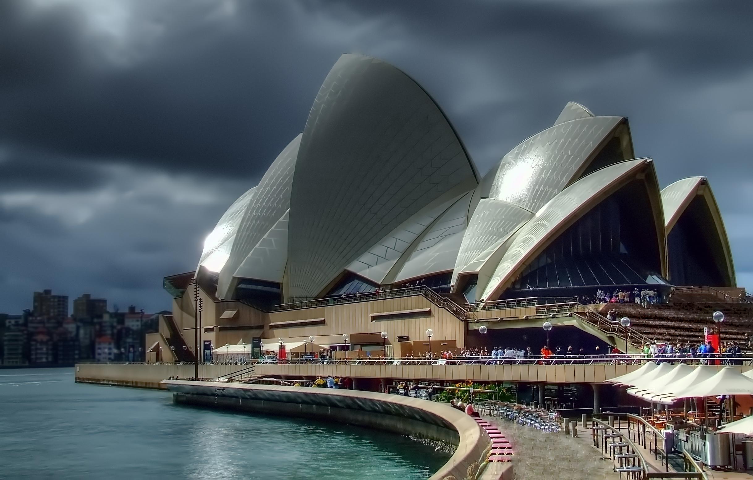 Sydney Opera House by djzontheball