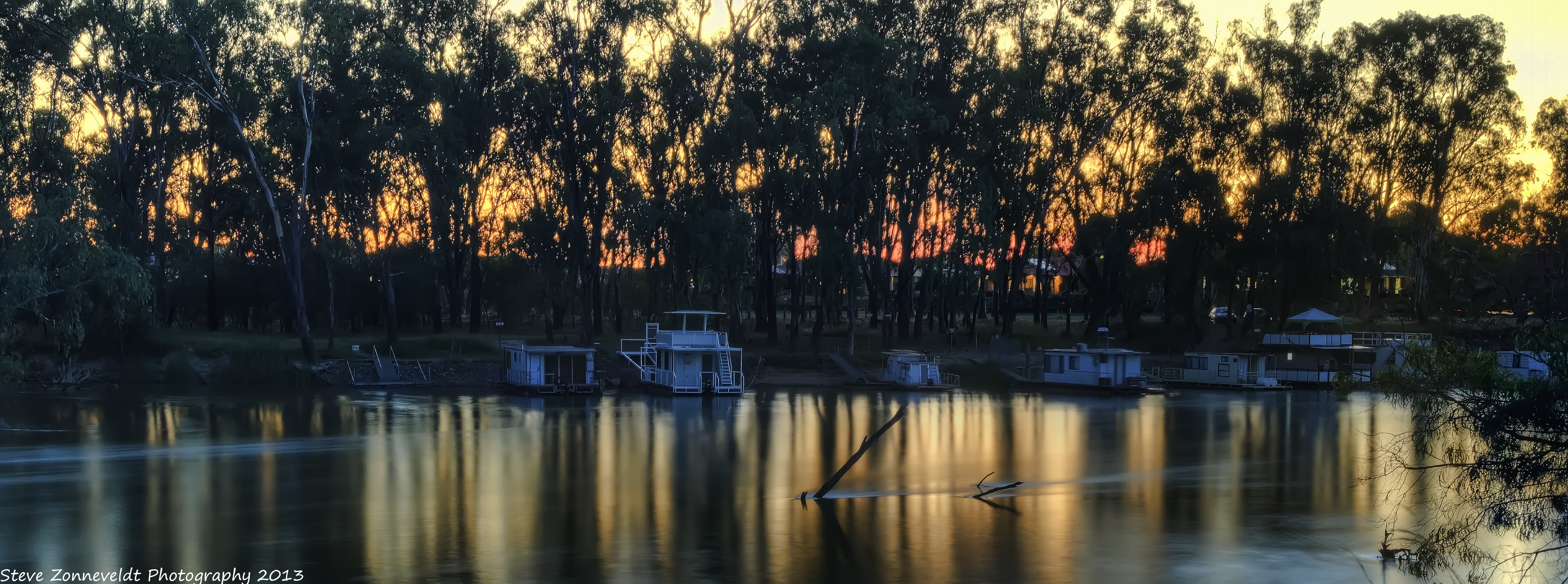 House Boats by djzontheball