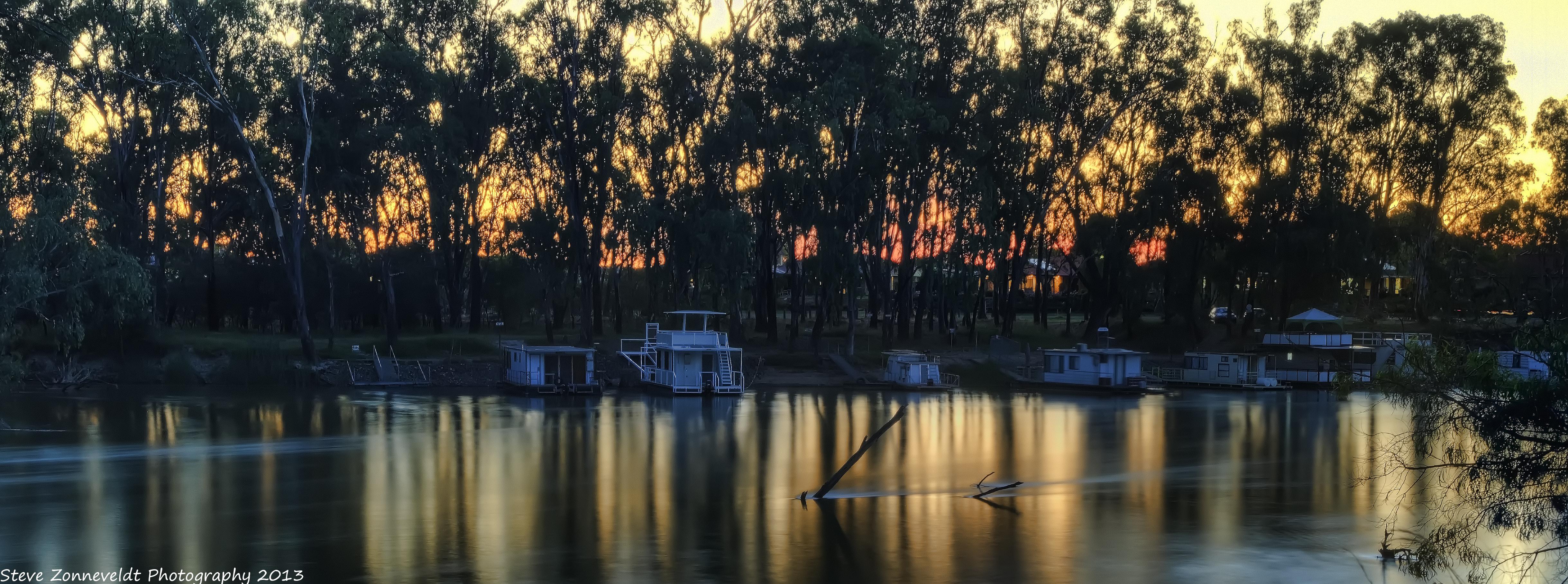 House Boats by djzontheball