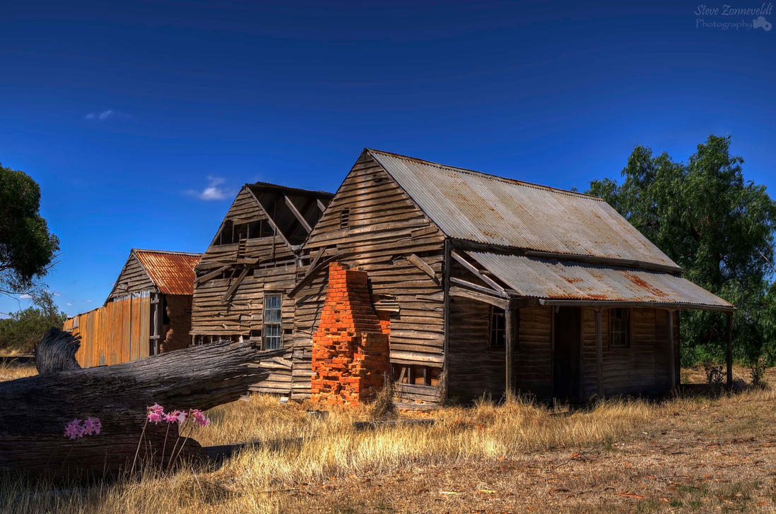 Old House Outta Rushworth Wm by djzontheball