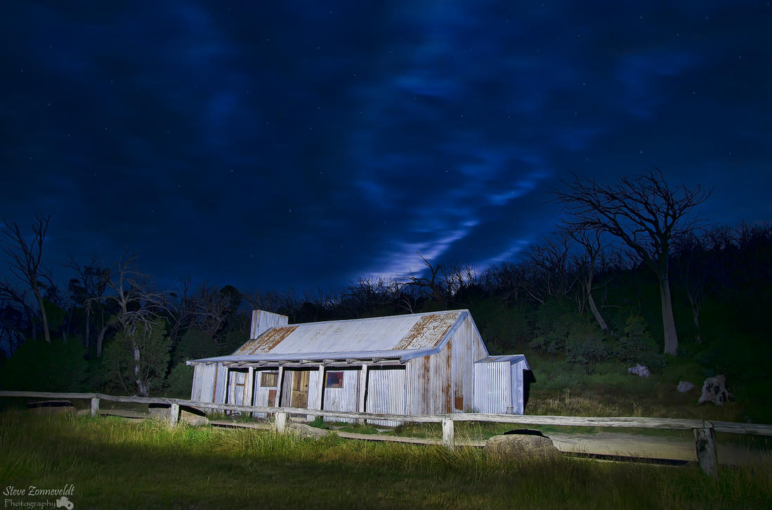 Bluff Hut At Night by djzontheball