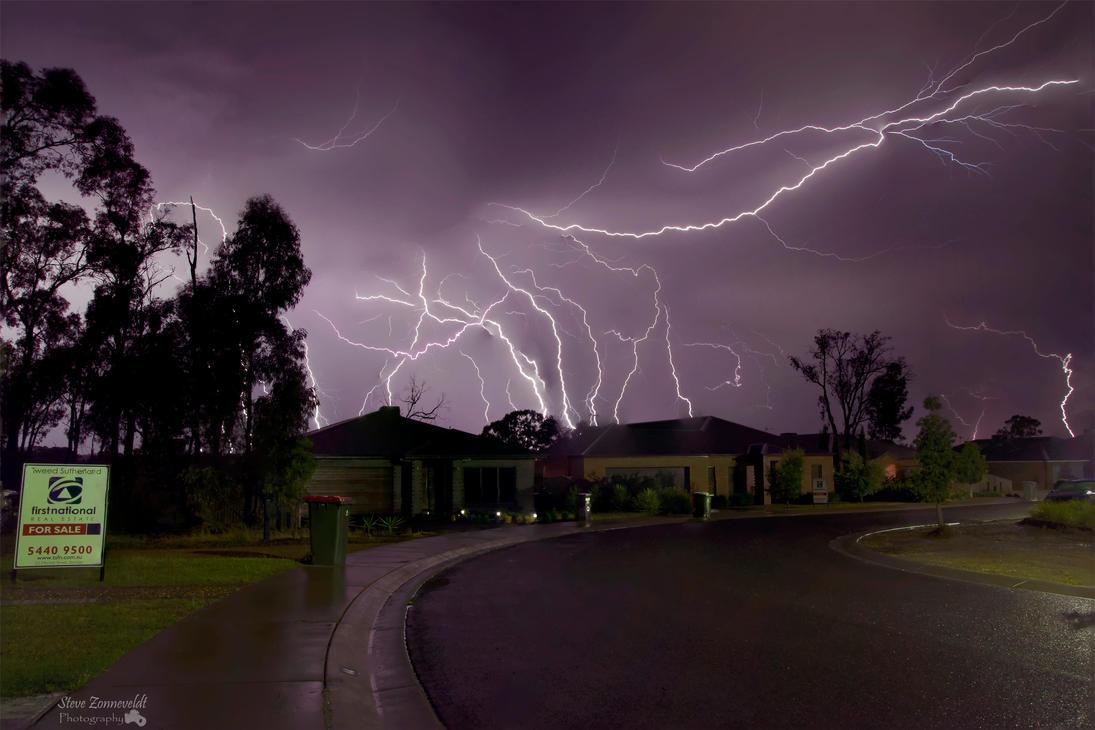 Lightning in Epsom by djzontheball