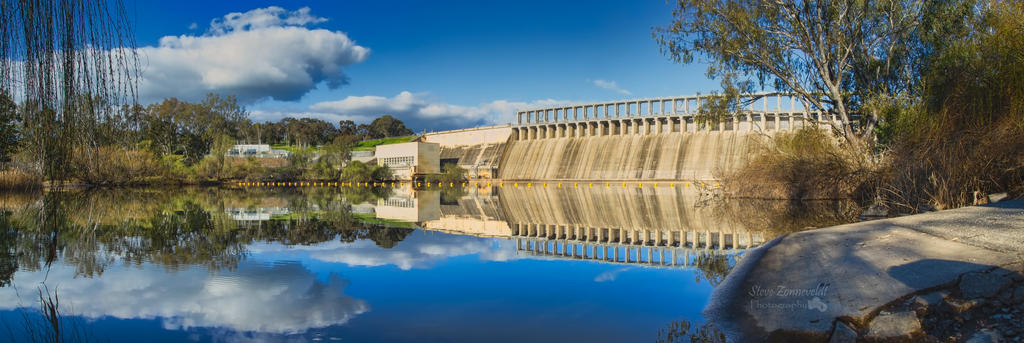 Murray River At The Hume Dam by djzontheball