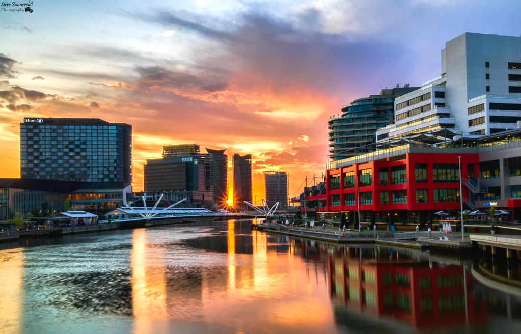Sunset Down the Yarra River (Melboune City) by djzontheball