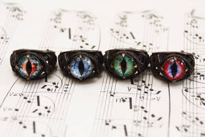 Dragon eye rings by Curionomicon