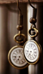 Pocket watch earrings by Curionomicon