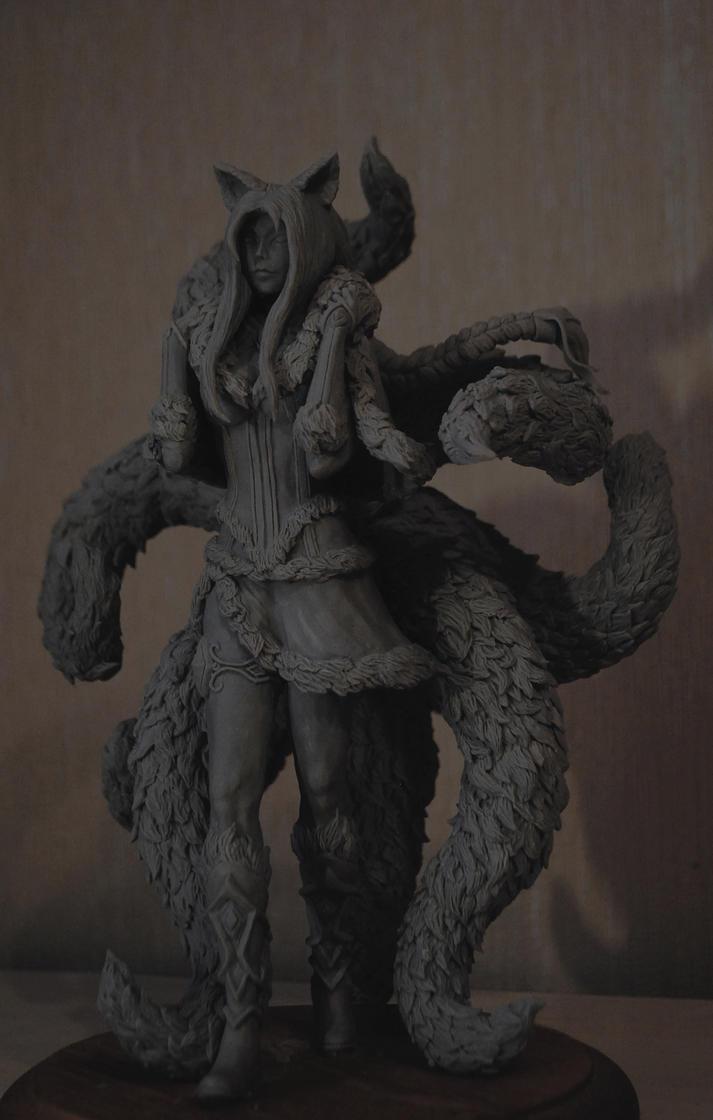 Midnight Ahri sculpture by Milka1717